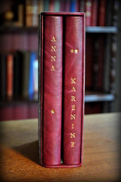 Bradel Tolstoï, 2 volumes dans un étui assorti